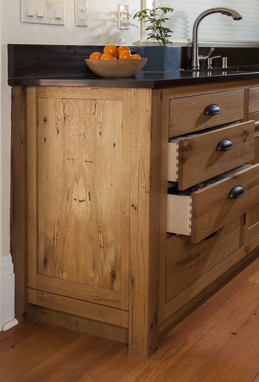 Custom Kitchen Cabinets w/Dovetail Drawers
